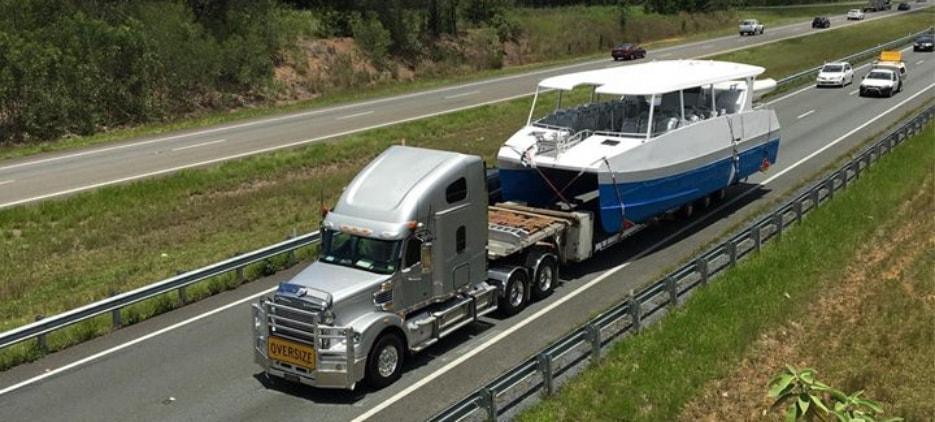 Global Boat Transport, transporting, boats, trailer, hydraulic, oversize, police, permits, insured, engines, equipment, roads, superboats.